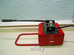BVA Hydraulics P8701M 2 Speed 4-Way Control Valve Hydraulic Hand Pump Used