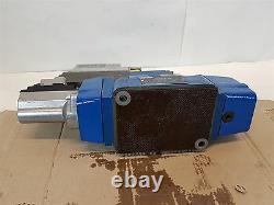 Bosch Rexroth 4WRLE16-W4-180SJ-3X 0811404328 Directional Control Valve 24V New
