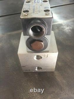 Continental Hydraulics Directional Valve Unit VS5M-1A-GB-60L-J with Manifold