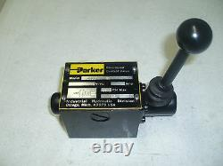 D3l1b Parker Hydraulic Lever Operated Directional Valve