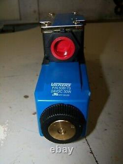 New Eaton Vickers Directional Control Valve 24 VDC 30 Watt Dg4v-3-6c-m-fw-h7-60