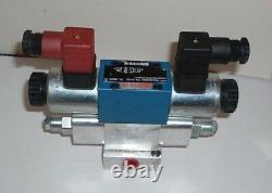 Rexroth Hydraulic Directional Control Valve R900903900 & Sun Hydraulics EBY0184A