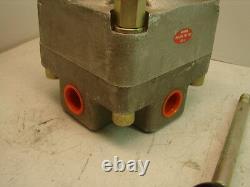 Snap-tite P4630hucd Hydraulic Directional Control Valve Nib