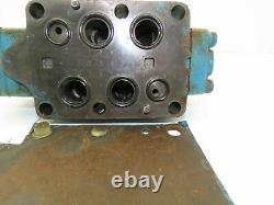 Sperry Vickers DG5S-8-2N-W-D-10 Hydraulic Directional Control Valve Base D08
