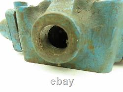 Vickers C-432C Manual 3-Pos Spring Lever Directional Hydraulic Valve 3/4NPT
