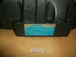Vickers Hydraulic Directional Valve DG5S-8-2C-M-FTWL-B5-30 with DG4V-3S-6C-M-FTWL